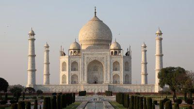 """""""Adopierte ein Baudenkmal"""" – Aktivisten in Indien befürchten Privatisierung des Taj Mahal"""