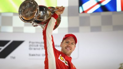 GP Bahrain: Vettel siegt knapp vor den beiden Mercedes – Pleite für Red Bull