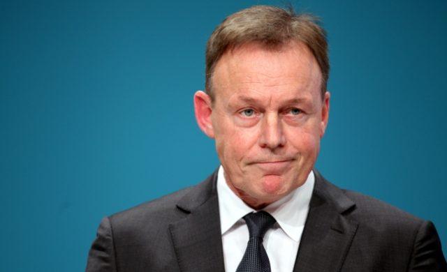 SKANDAL!: Bundestagsvizepräsident Oppermann (SPD) lehnt Oppositionsantrag trotz Mehrheit ab