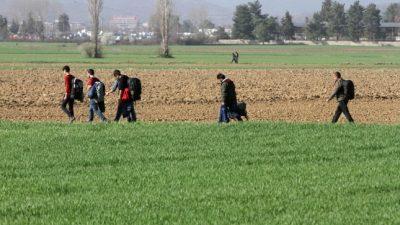 """Neue Balkan-Einwanderungswelle: Migranten nutzen """"Moscheen-Route"""", um nach Mitteleuropa einzuwandern"""