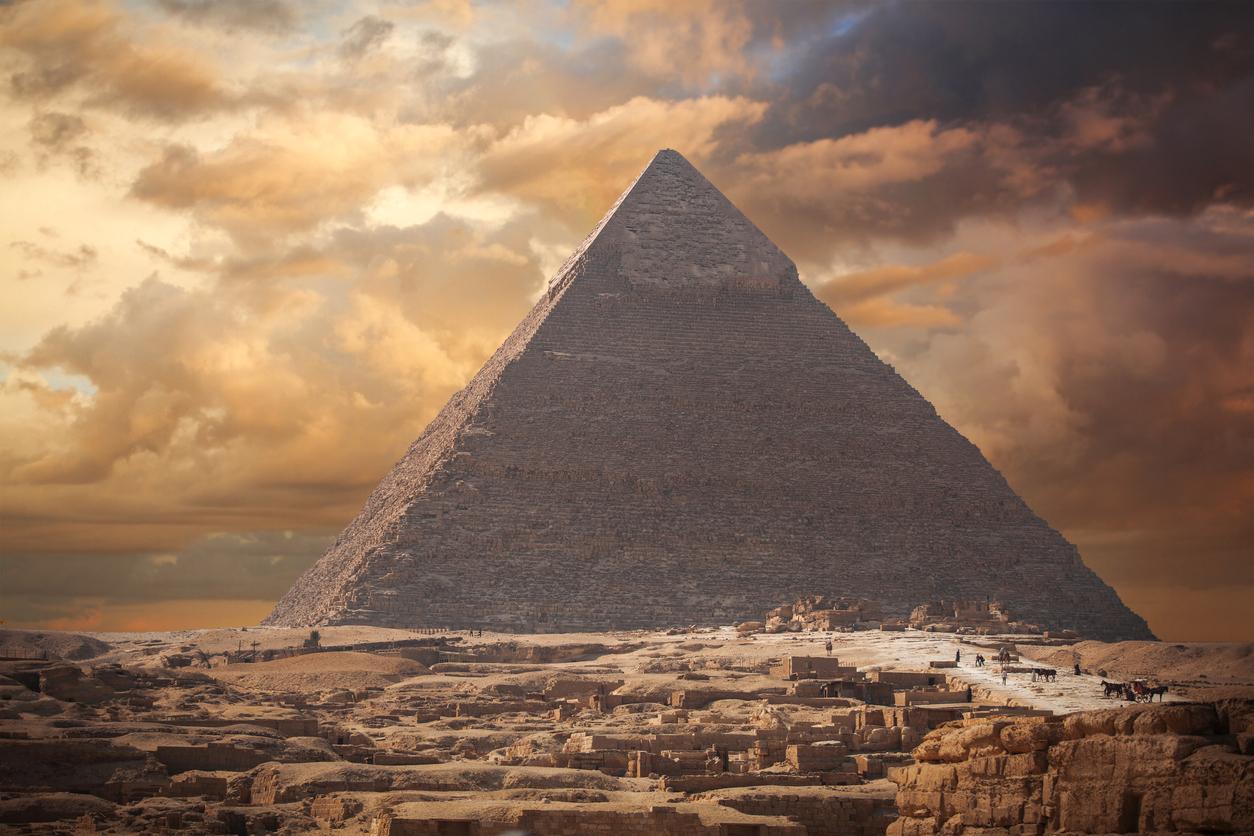 Seltene Entdeckung in Ägypten wird verschwiegen – Die Pyramide von Saujet el-Arjan und ihre Geheimnisse