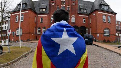 "Katalanischer Regionalpräsident wegen ""Ungehorsams"" vor Gericht"