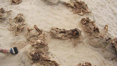 Peru: Archäologen entdecken Massengrab mit mehr als 300 geopferten Kindern und Lamas