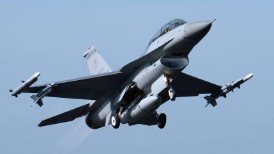 Taiwan schließt milliardenschweres Kampfjet-Geschäft mit den USA ab