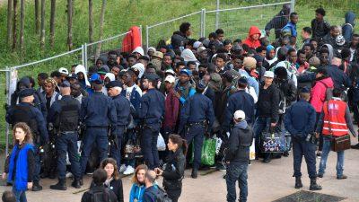Paris: Einige Migranten im Eliteviertel der Stadt neben Nicolas Sarkozy einquartiert