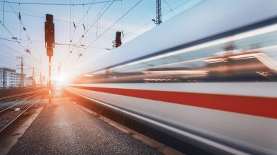 EU schenkt 15.000 Jugendlichen Reisen quer durch Europa
