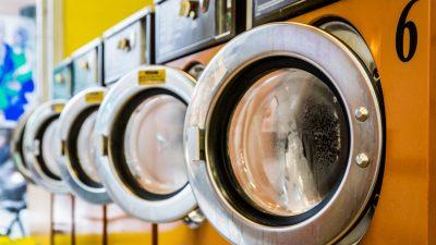 """3 Jahre Haft: Kleinkind in Waschmaschine geschleudert – 22-Jähriger ließ Tochter seiner Freundin (19) """"rocken"""""""