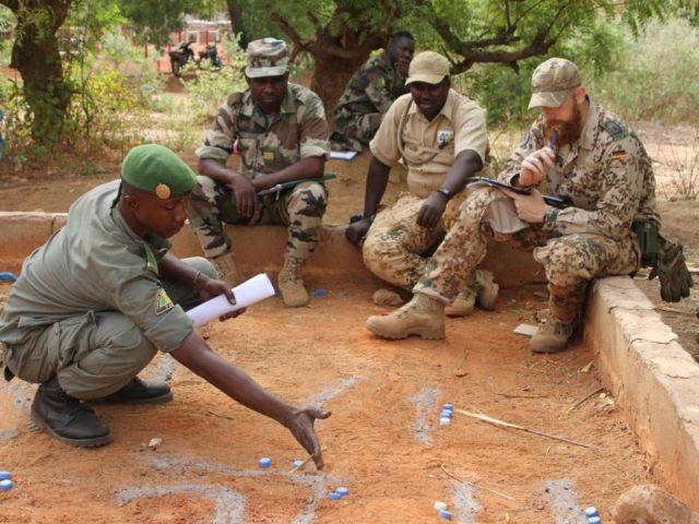 Bundeswehr-Trainingseinsatz in Mali:Die jahrelang vorherrschende Fokussierung auf Auslandseinsätze soll beendet werden. Foto: Kristin Palitza/dpa