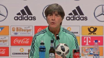 Löw setzt bei WM auf Leistung von Özil und Gündogan – DFB-Chef Grindel sieht Grund in der Debatte in der Flüchtlingskrise