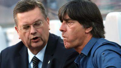 """Reaktionen zum WM-Aus: """"Wir müssen uns ganz klar in die Kritik nehmen. Wir sind dafür verantwortlich"""", so Kapitän Neuer"""