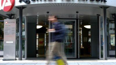 Pläne zur Arbeitslosenversicherung kosten rund 28 Milliarden