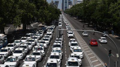 In Spanien streiken die Taxifahrer – tausende Reisende betroffen