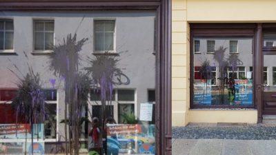 Karlsruhe: Farbanschlag auf Wohnhaus von AfD-Stadtrat