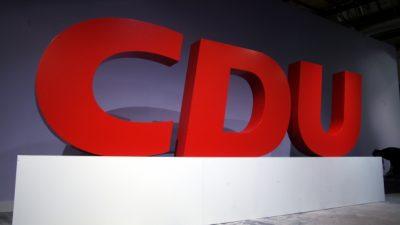 CDU fällt auf 22 Prozent