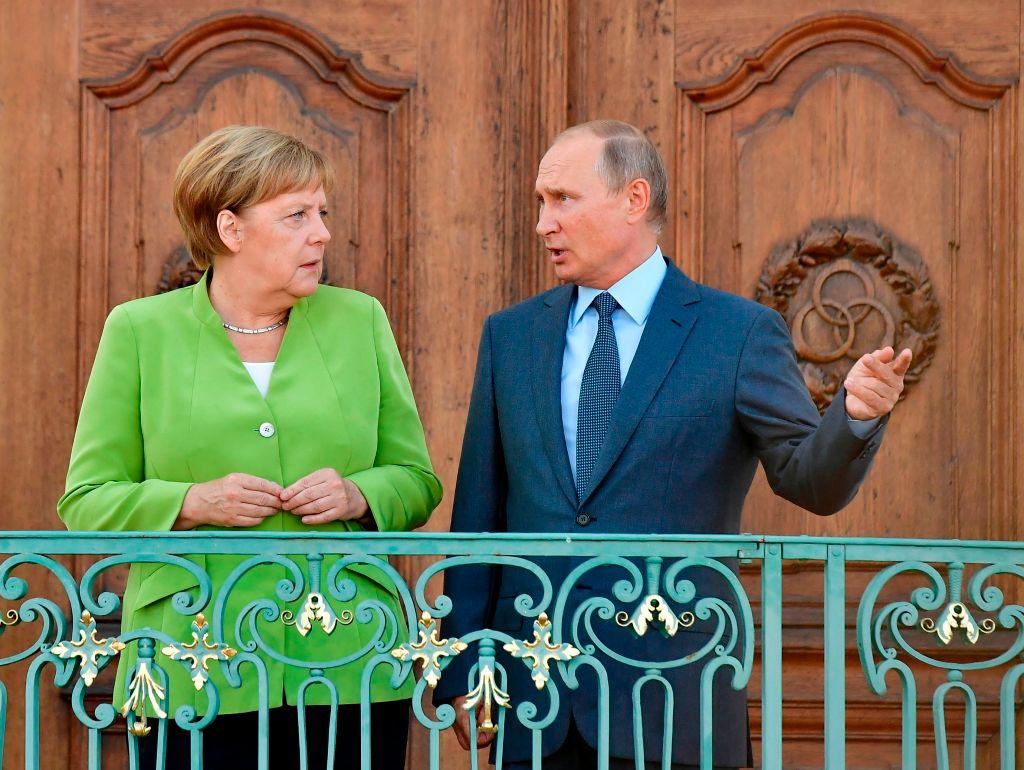 """Merkel fordert Abbau der russischen """"Truppenverstärkungen"""" im Umfeld der Ukraine"""