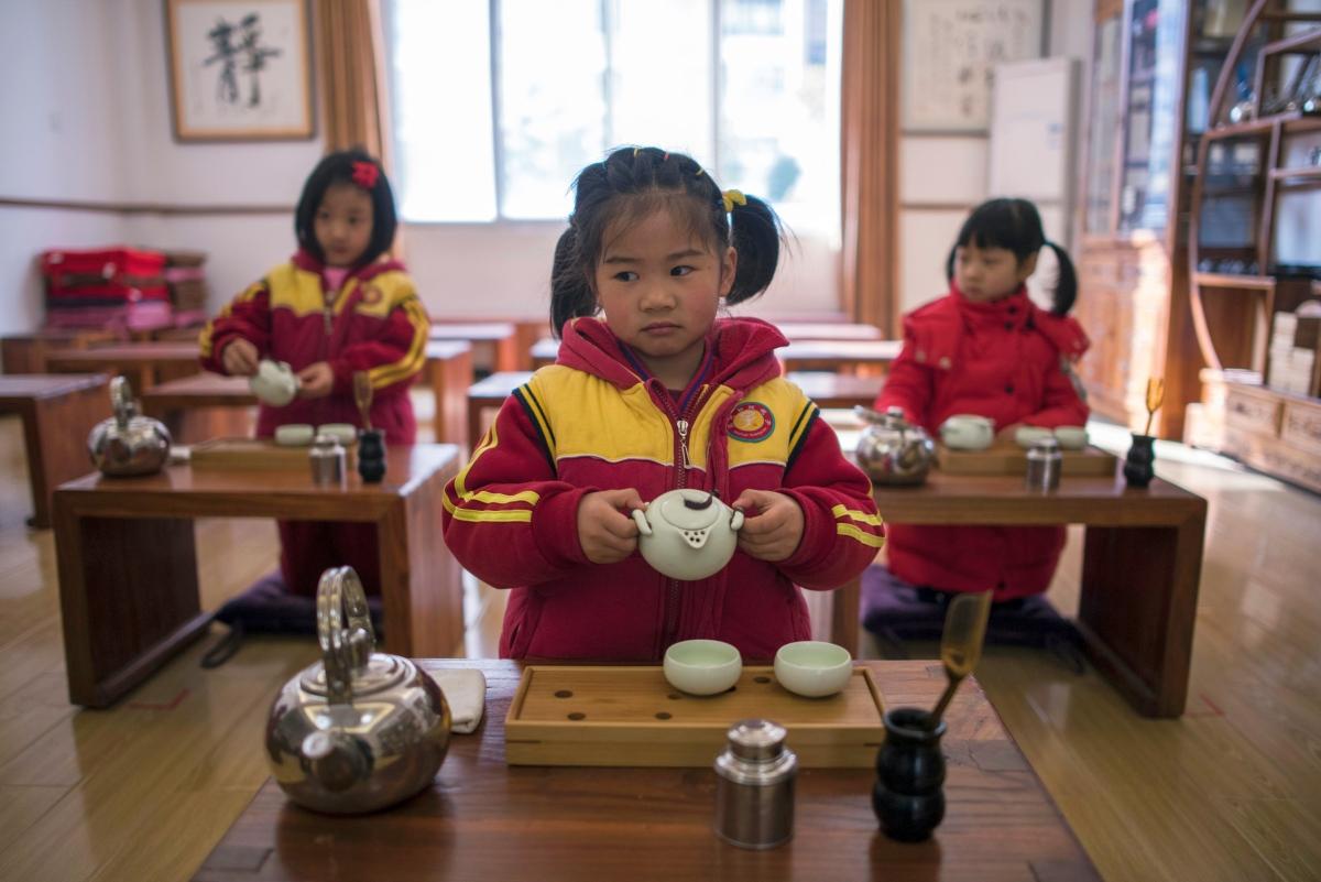 Kehrt, Marsch! Chinas Abkehr von der Ein-Kind-Politik verläuft chaotisch