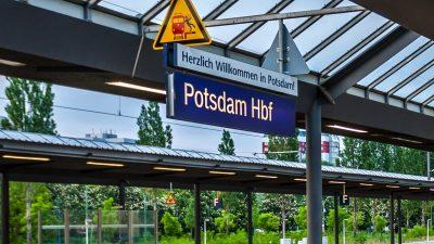Potsdam: Angegriffene Bundespolizei droht Schusswaffe an – Bewaffneter Syrer (15) versteht und gibt auf