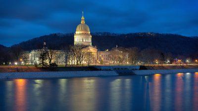 Korruptions- und Kriminalitätsvorwürfe gegen Oberstes Gericht von West Virginia – Amtsenthebung auf den Weg gebracht