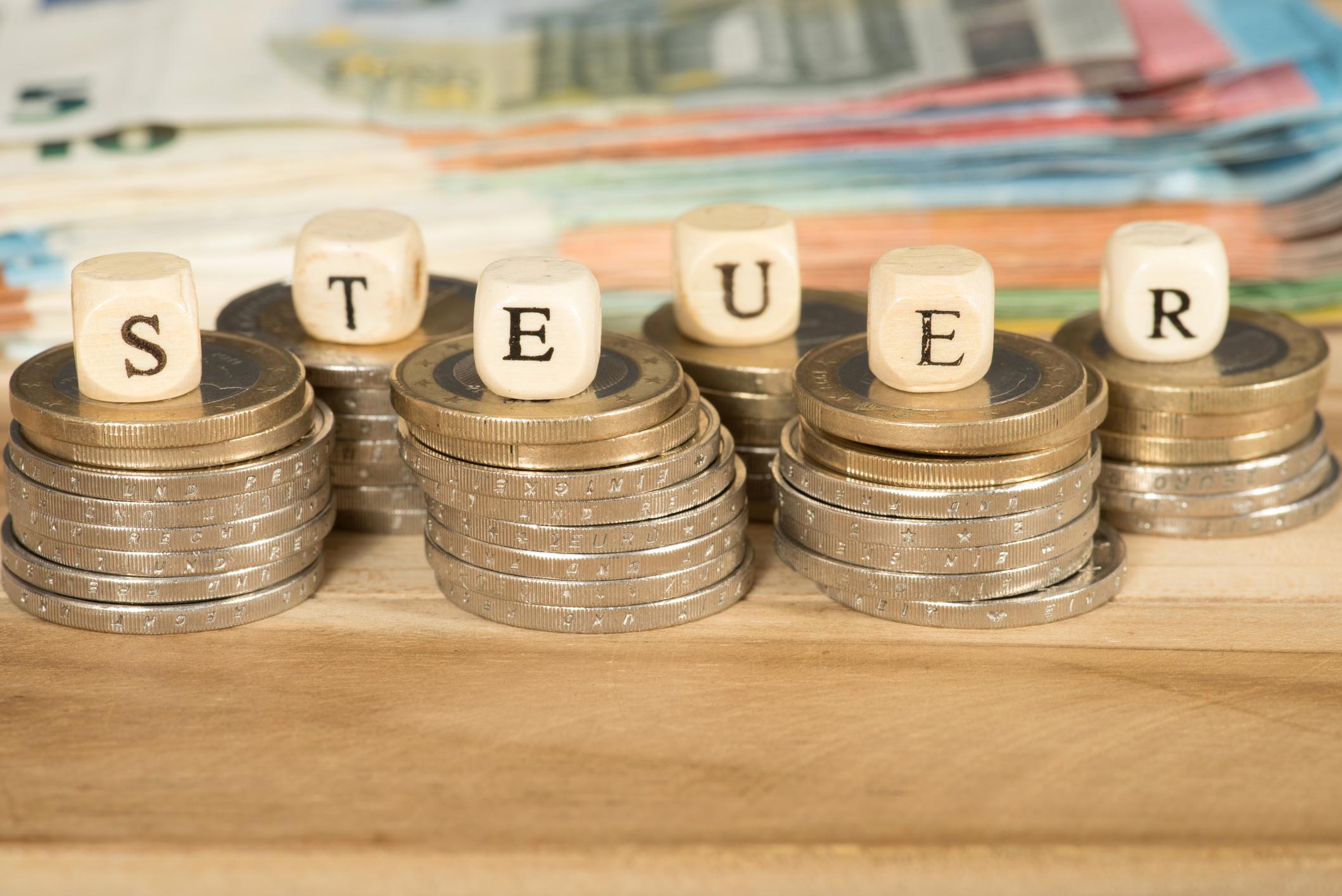 Steuereinnahmen zehn Milliarden Euro höher als erwartet