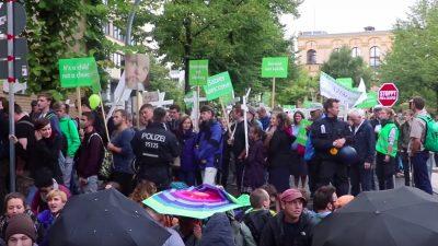 """Begleitet vom Protest der RAF und Antifa: """"Marsch für das Leben"""" in Berlin"""