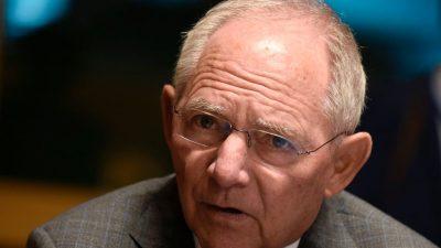 Schäuble: Keine Hoffnung auf viele Abschiebungen wecken – Migranten eher integrieren