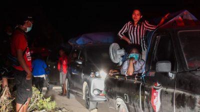 Indonesien beklagt Hunderte Tote – Kritik an Tsunami-Warnsystem
