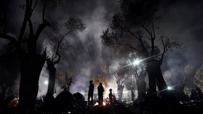"""Sie kommen: IS-Gang terrorisiert Flüchtlingscamp Moria – Drogen, Gewalt, Vergewaltigung und """"Allahu Akbar"""""""