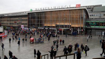 """""""Allahu Akbar"""" am Kölner Hauptbahnhof – Männer in langen Gewändern von Polizei überwältigt"""