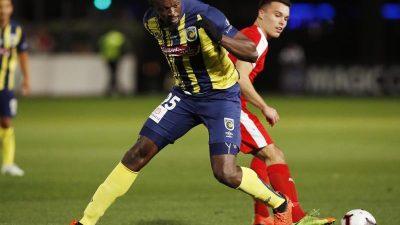 Usain Bolt vor Startelf-Debüt als Fußballer