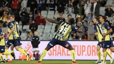 Usain Bolt erzielt erste Tore als Fußballer