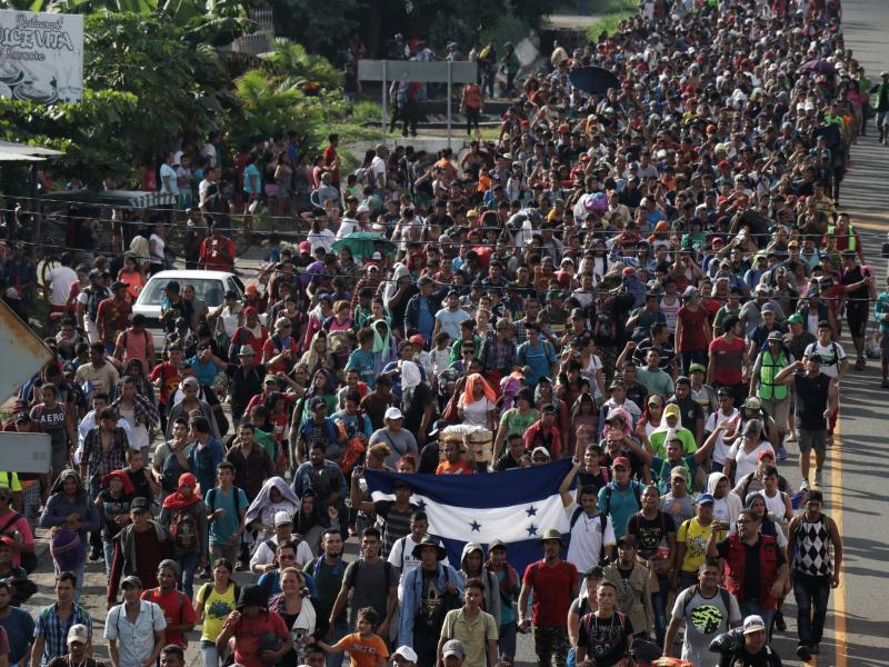 "US-Vizepräsident Mike Pence: ""Migranten-Karawane von linken Gruppen und Venezuela gesteuert"""