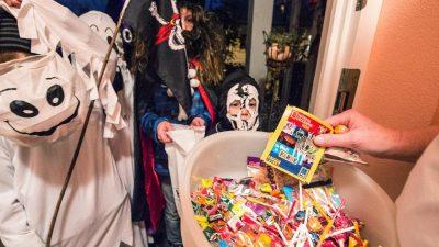 Deutsche geben Millionen für Halloween-Süßigkeiten aus