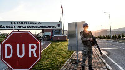 Türkei: Rund 75 000 Festnahmen wegen Terrorvorwürfen in 2018