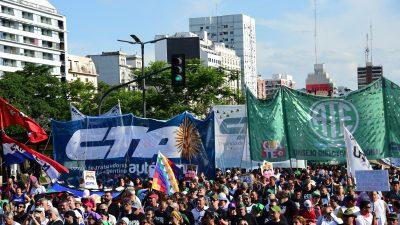 Buenos Aires: Friedlicher Protest – Verkehr in der Stadt teilweise eingestellt – Außerordentlicher Feiertag