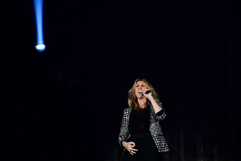 """""""Unsere Kinder sind nicht unsere Kinder"""": Celine Dion meldet sich mit Gender-Ideologie und codiertem Satanismus zurück"""