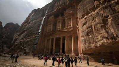 Mindestens elf Tote bei Überflutungen in Jordanien – Felsenstadt Petra evakuiert