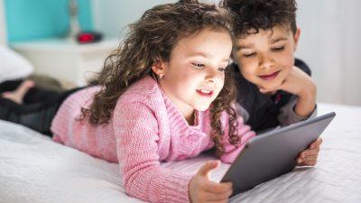 Kinder im Internet: Digitalverbände gegen weitere Verbote im Datenschutzrecht