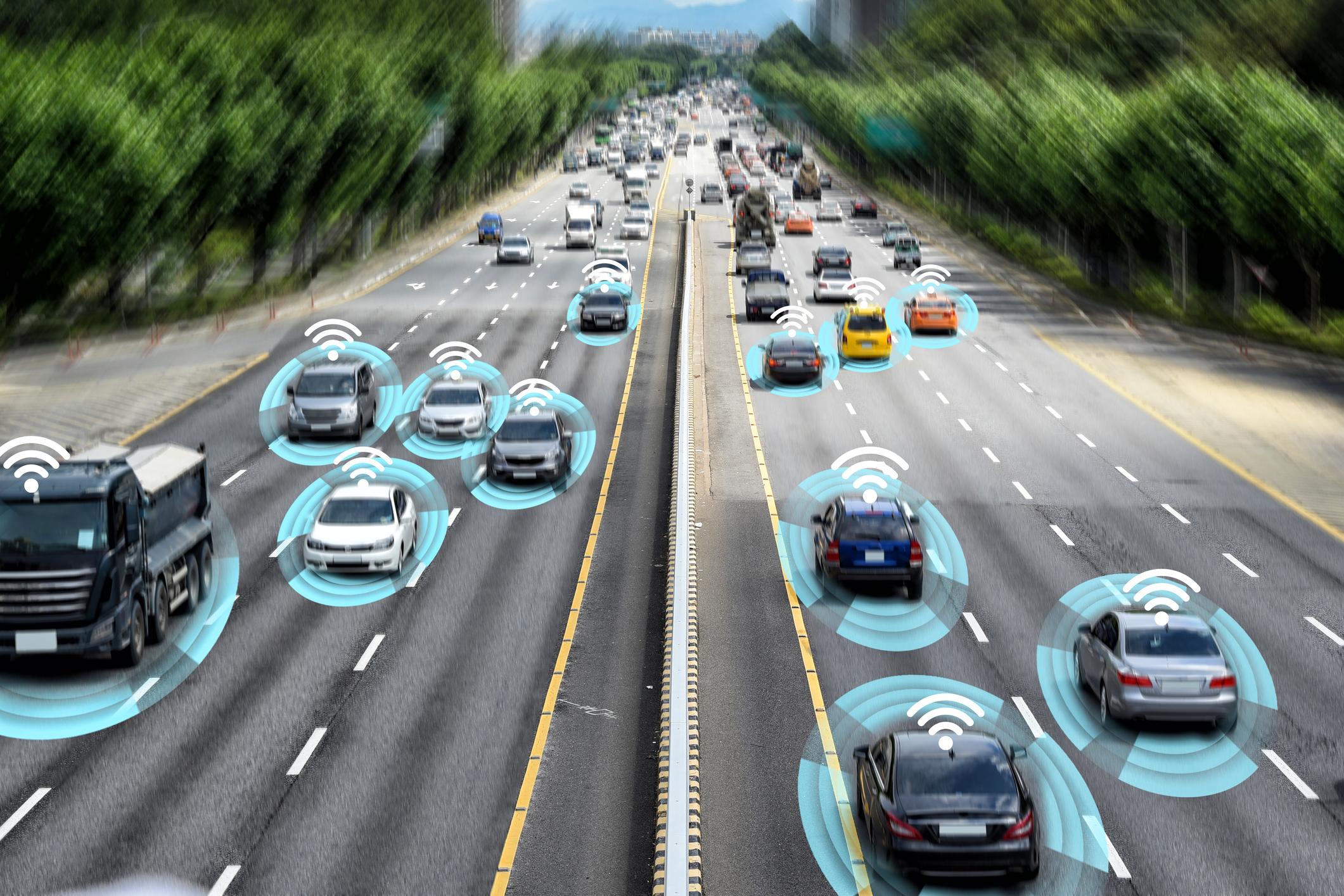 Autonomes Fahren: Wer ist bei Unfällen Schuld? Der Fahrer? Der Programmierer?