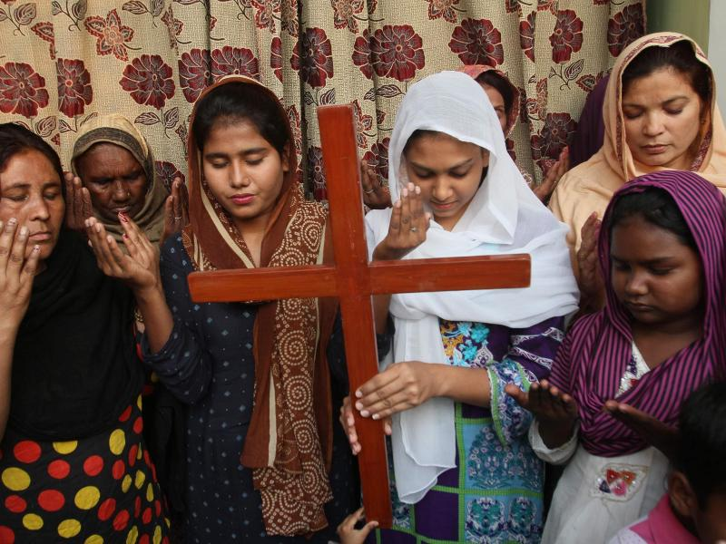 Nur knapp der Todesstrafe entgangen: Christin Asia Bibi durfte Pakistan verlassen