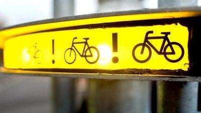 """Rechtsabbiege-Unfälle: """"Bike-Flash"""" soll Radfahrer schützen"""
