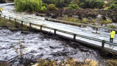 Überflutungen suchen Brandgebiete in Kalifornien heim