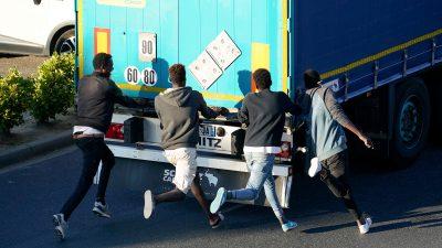 Erfurt: Sechs eingeschleuste afghanische Kinder auf Lastwagen entdeckt