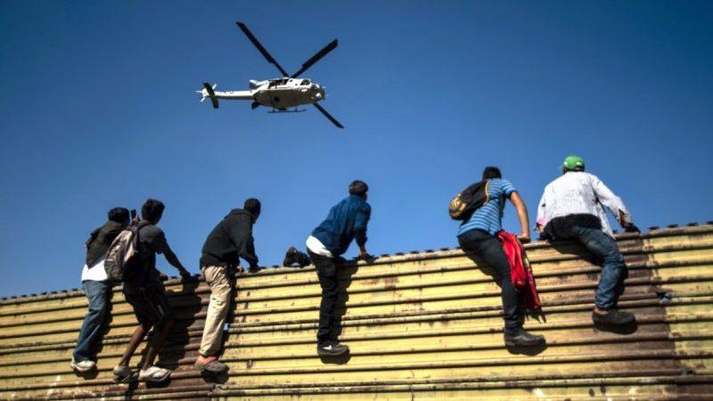 Zahl der festgenommenen Migranten an US-Grenze zu Mexiko auf 15-Jahres-Hoch