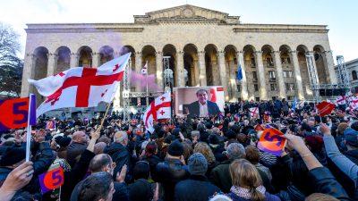 Russland muss ausgewiesenen Georgiern zehn Millionen Euro zahlen