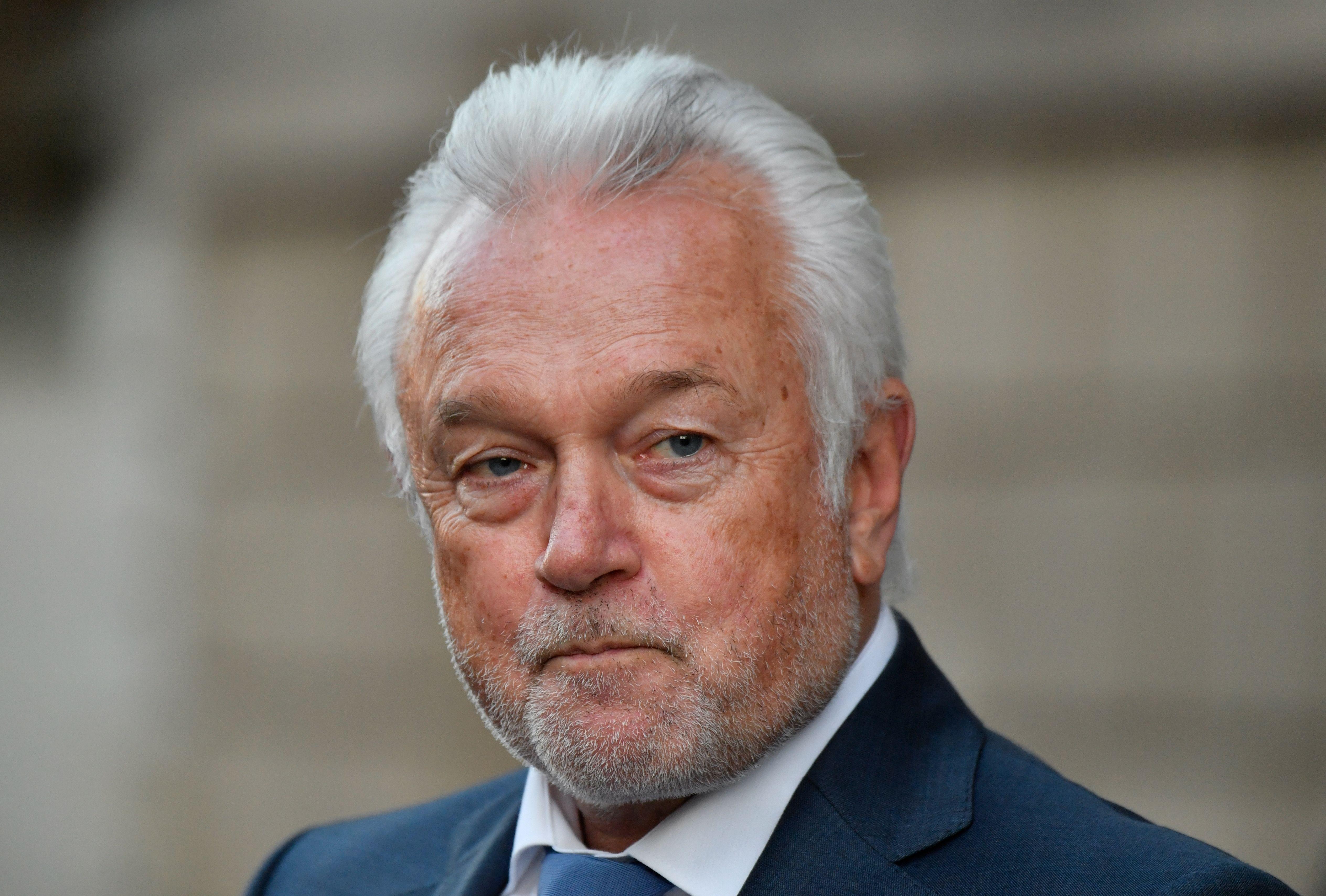 Kubicki fordert Entlassung von Spahn und Altmaier