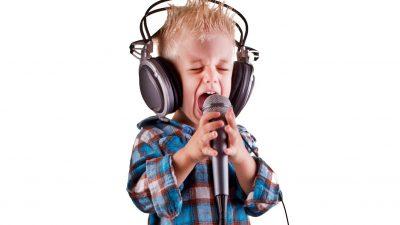 """""""Schnapp sie dir, solange sie noch jung sind!"""" – Welche Musik erzieht unsere Kinder? (Teil 1)"""