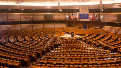 EU-Wahlen 2019: Juncker geht als Kommissionspräsident – Mit Weber oder Timmermans vom Regen in die Traufe?