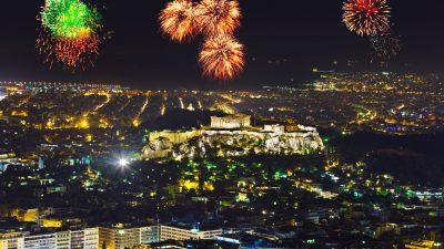 Athen begrüßt 2019 auch mit Hoffnung auf bessere Zeiten