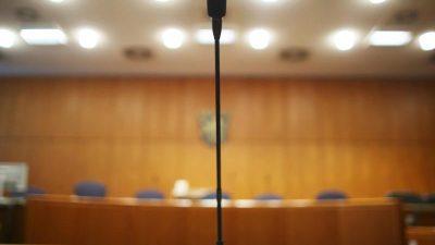 Frau erschießt ihren Mann und Vergewaltiger – Anwälte fordern Freispruch