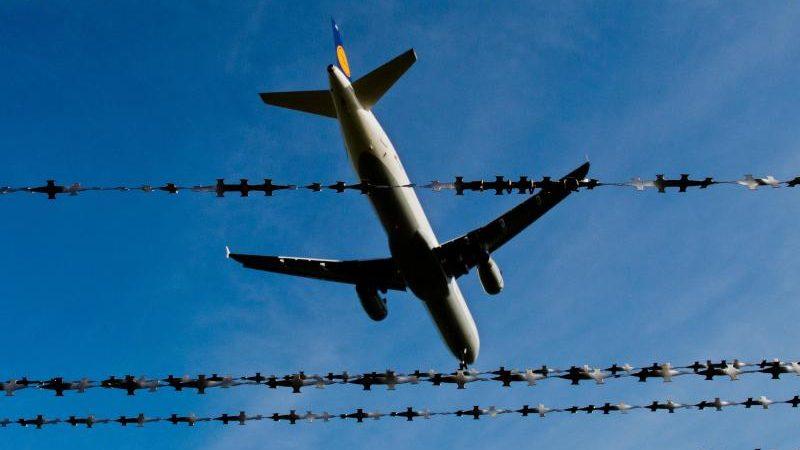 Weitere 66 Flüchtlinge aus Griechenland in Hannover gelandet